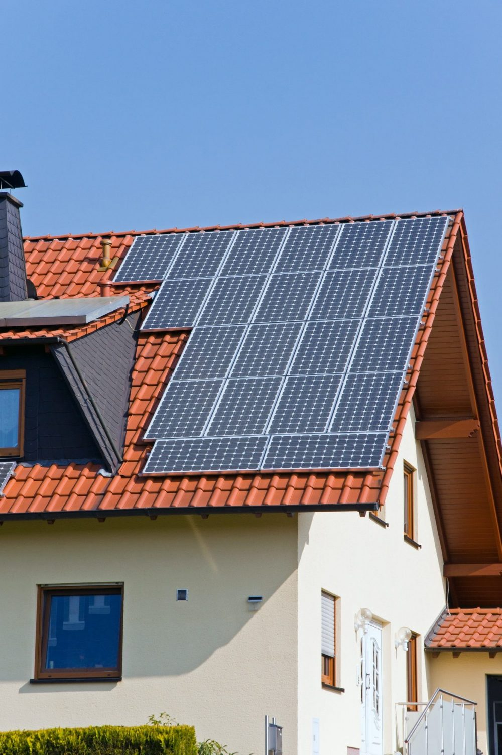 roof-with-solar-panels-e1617069579544.jpg