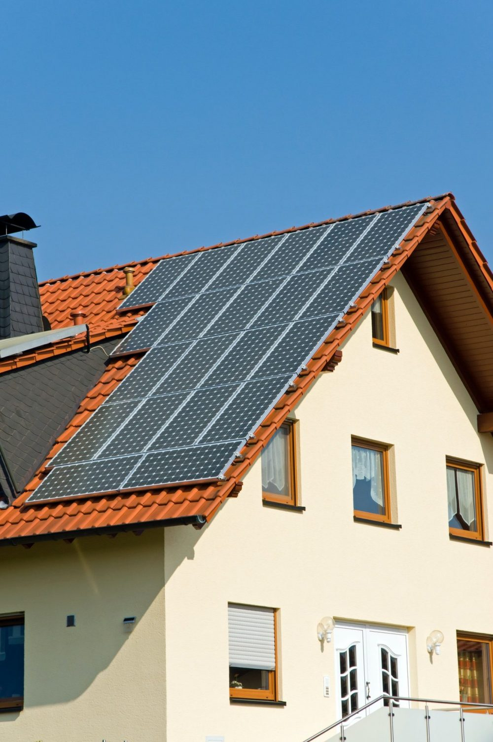 roof-with-solar-panels-in-germany-e1617069647324.jpg